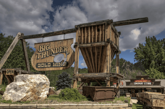 Big Thunder Gold Mine located in Keystone, just a few minutes from Yak Ridge Cabins and Farmstead