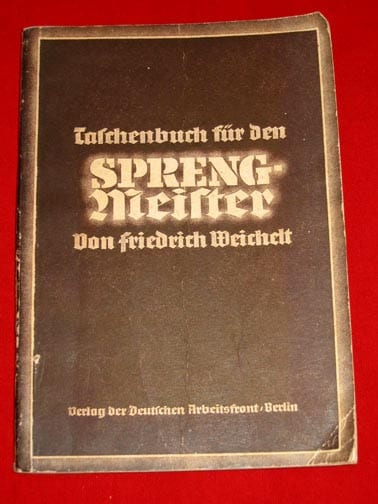 1943 NAZI PHOTO GUIDE FOR DYNAMITE CREWS