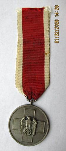 THIRD REICH MEDAL OF THE GERMAN PEOPLE CARE